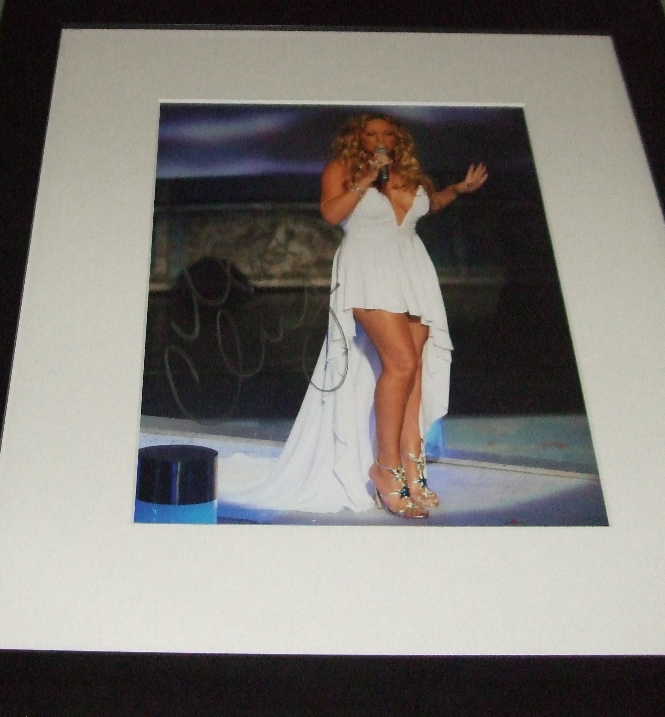 Mariah Carey Signed Photo