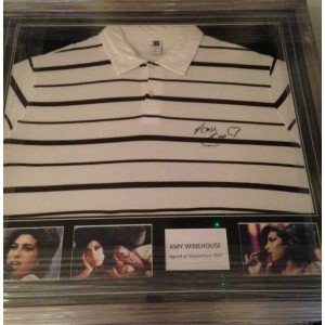 Amy Winehouse Signed Gap T-Shirt