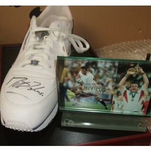 Autographed Martin Johnson Trainer