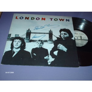 Signed London Town Album
