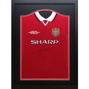 Nicky Butt Signed Manchester United Shirt